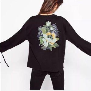 Zara • Black Tie Sleeve Graphic Print Sweatshirt
